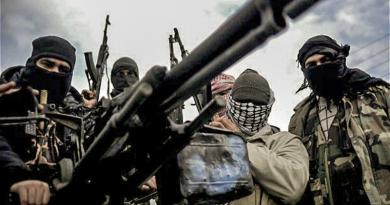 كيف سلّحت الولايات المتحدة الأميركية إرهابيين في سوريا